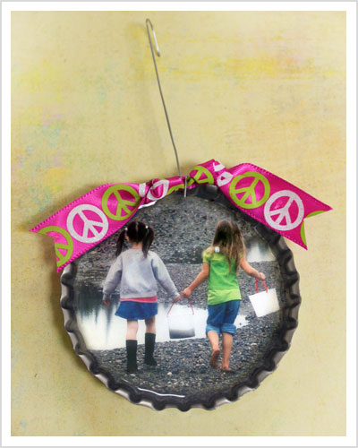 Oversize Bottle Cap Christmas Ornaments